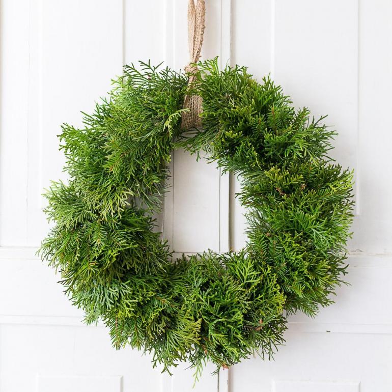 Jak vytvořit slavnostní stálezelený vánoční věnec