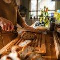 Sada Functional Form bambusové prkénko na krájení chleba a nůž