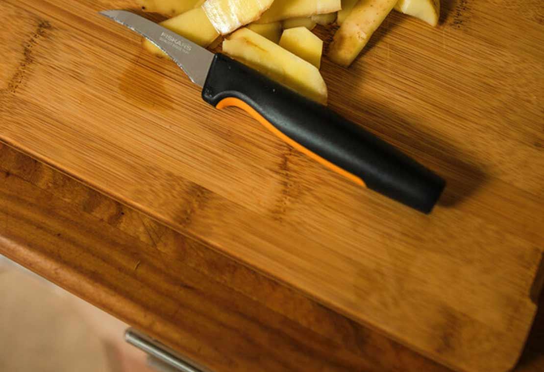 Loupací nůž se zahnutou čepelí, 7 cm Functional Form